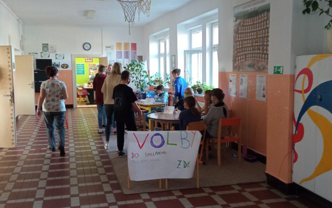 Ve škole jsme volili parlament
