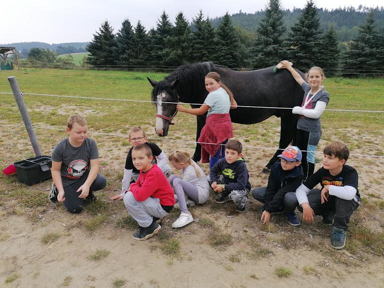 třeťáci na farmě